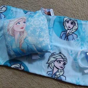 Disney Frozen II. blanket/pillow